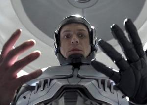 Joel Kinnaman in RoboCop.